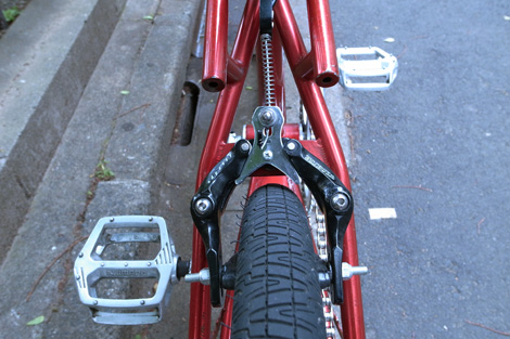 moto hutch trickstar detail-8