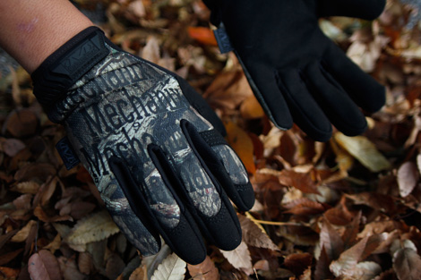 2012_11_1_mechanix_glove_mossy_oak_2.jpg